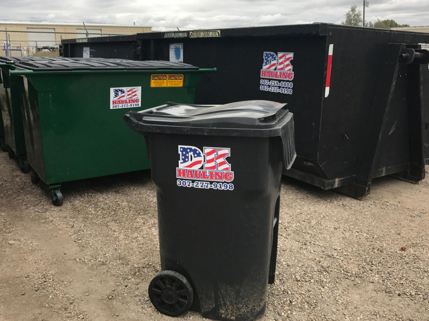 3 reasons to choose us for trash out service